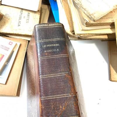 Recheio de Casa Particular - Estoril - Biblioteca Professor Doutor Marques Guedes - Parte 1